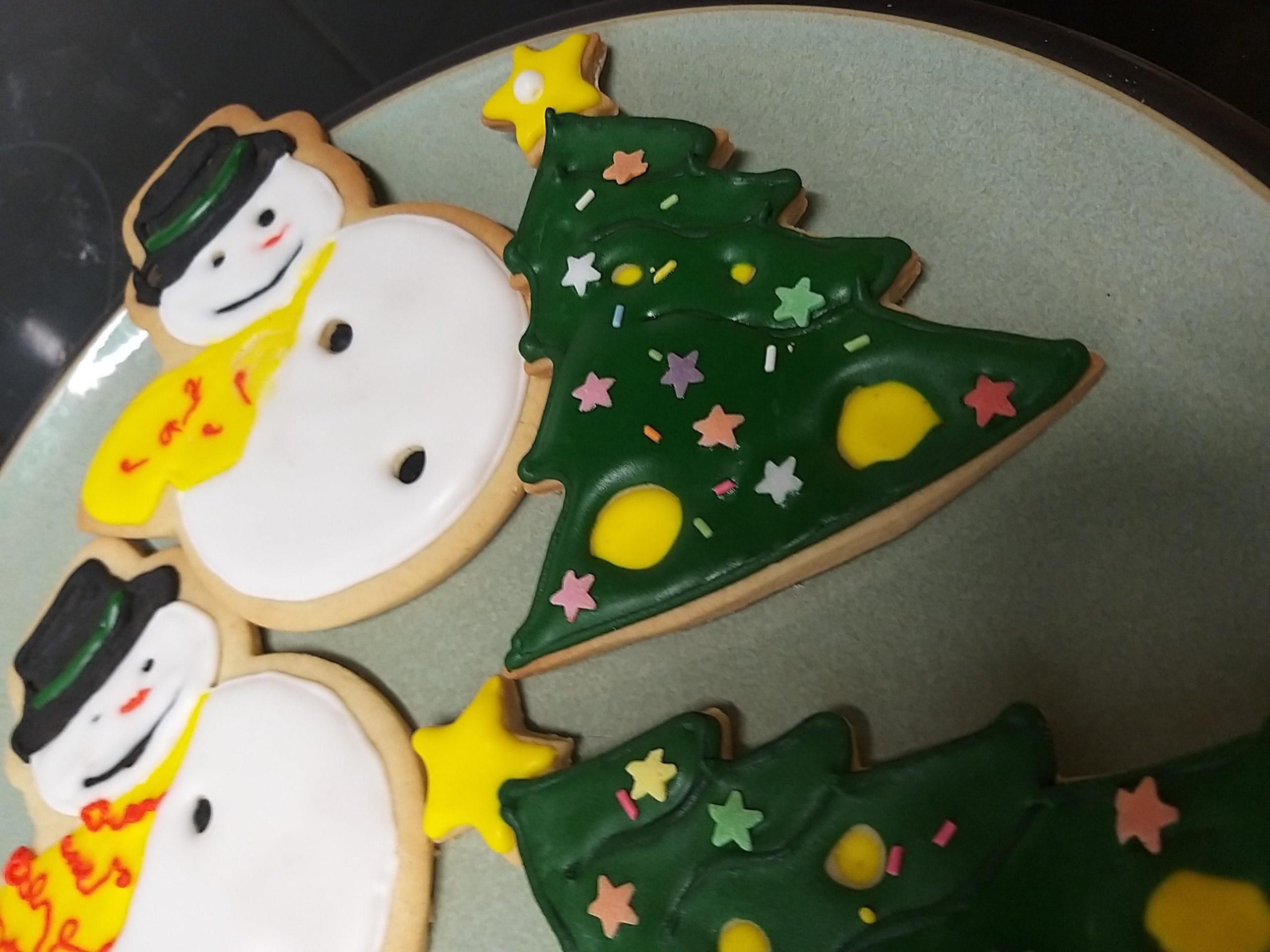 decorated-xmas-cookies